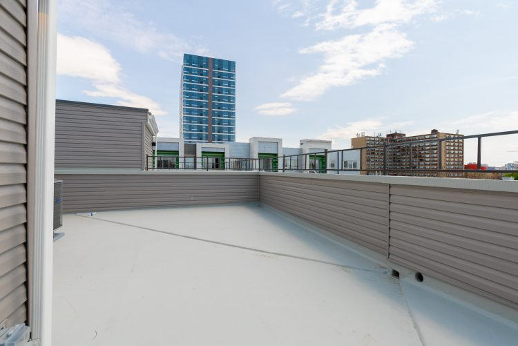 1330 N 15TH ST 2020-04 ROOF DECK WEFILMPHILLY-08486